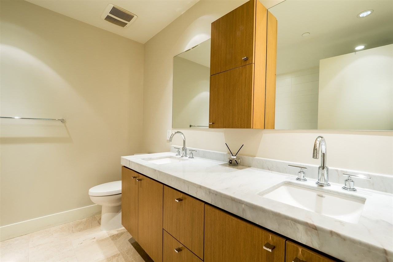 Condo Apartment at 100 866 ARTHUR ERICKSON PLACE, Unit 100, West Vancouver, British Columbia. Image 11