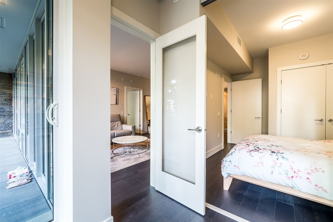 Condo Apartment at 100 866 ARTHUR ERICKSON PLACE, Unit 100, West Vancouver, British Columbia. Image 16