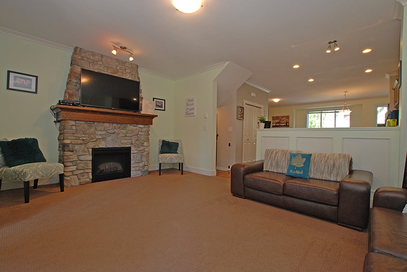 Townhouse at 33 5837 SAPPERS WAY, Unit 33, Sardis, British Columbia. Image 13