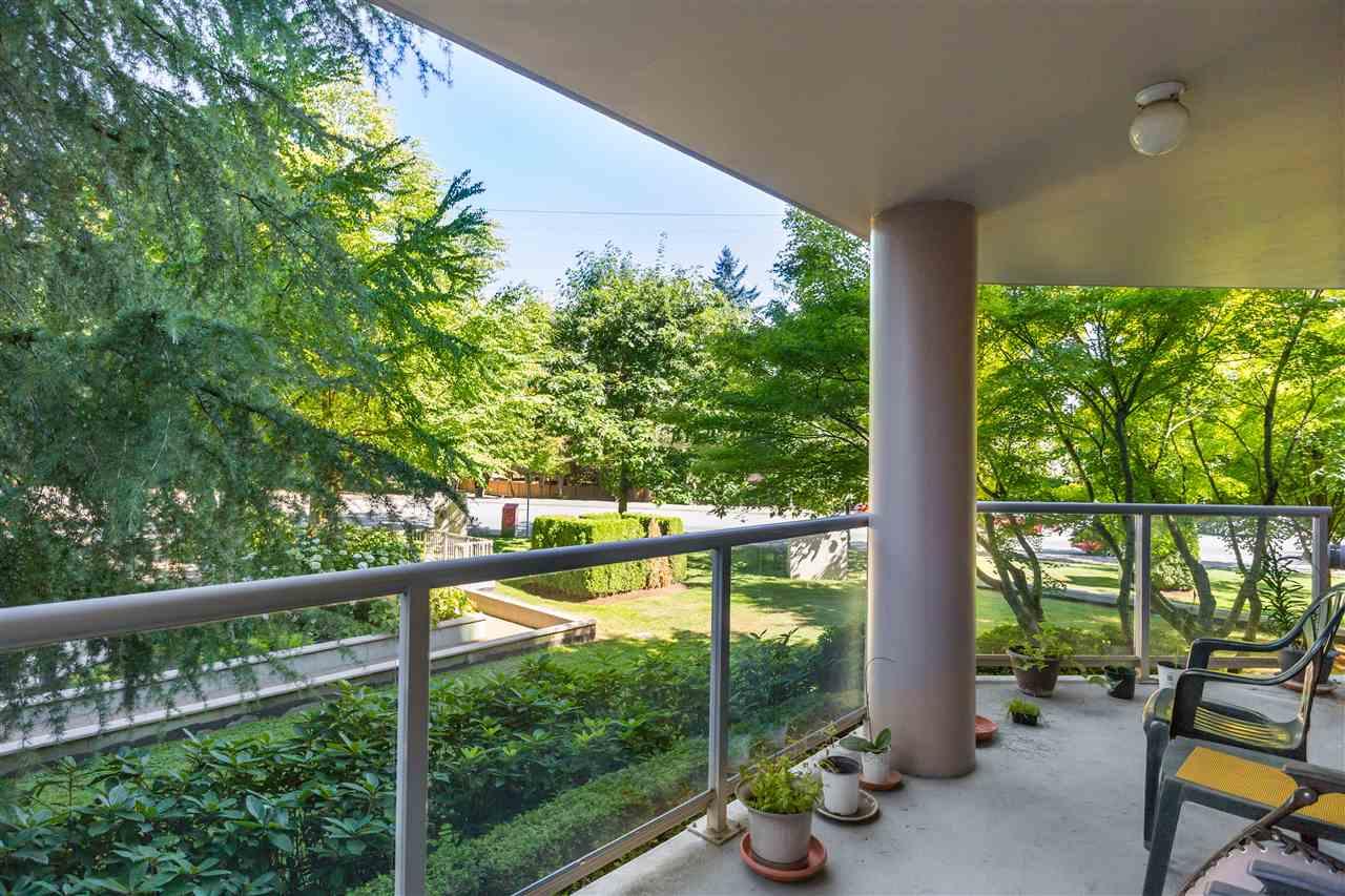 Condo Apartment at 202 1196 PIPELINE ROAD, Unit 202, Coquitlam, British Columbia. Image 4