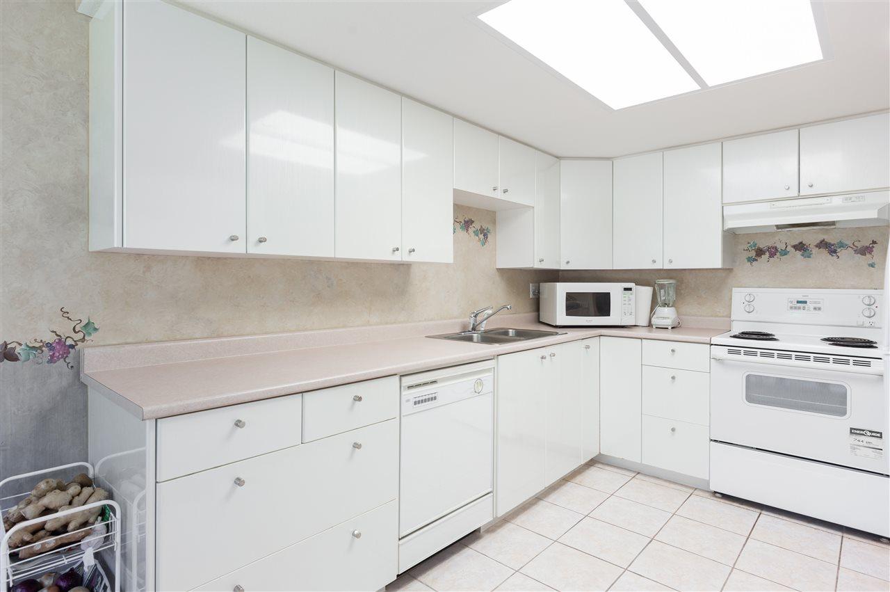 Condo Apartment at 202 1196 PIPELINE ROAD, Unit 202, Coquitlam, British Columbia. Image 7