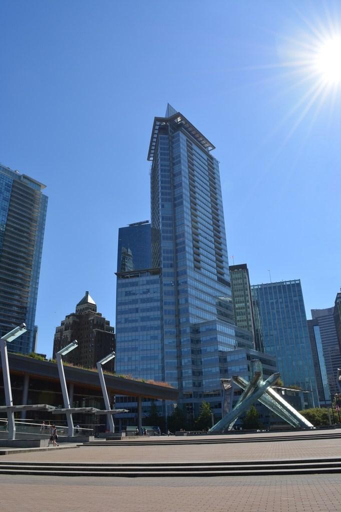 Condo Apartment at 2304 1077 W CORDOVA STREET, Unit 2304, Vancouver West, British Columbia. Image 7
