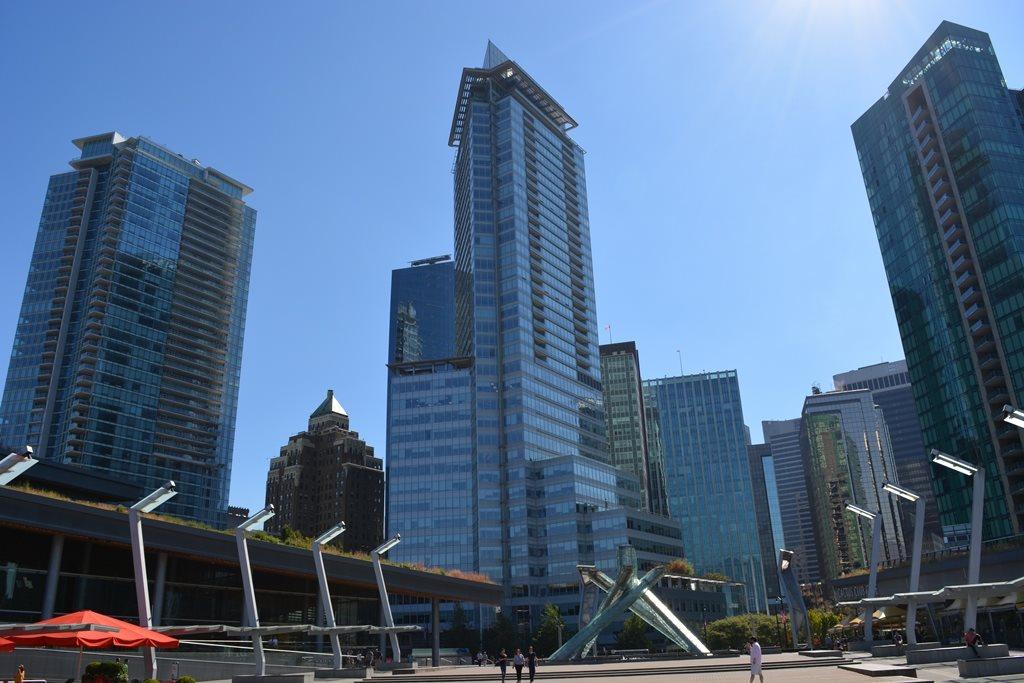 Condo Apartment at 2304 1077 W CORDOVA STREET, Unit 2304, Vancouver West, British Columbia. Image 8