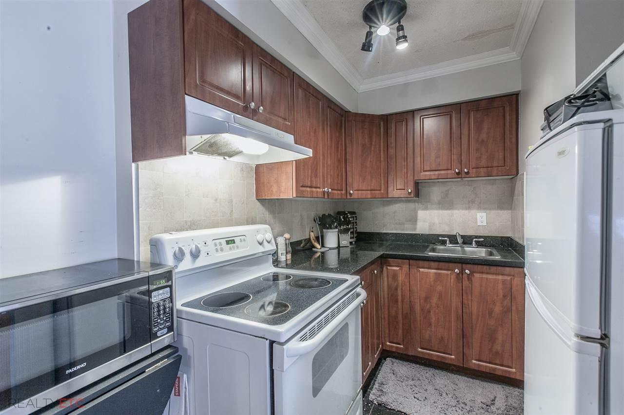 Condo Apartment at 14 430 E 8TH AVENUE, Unit 14, Vancouver East, British Columbia. Image 2