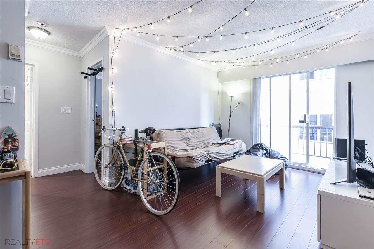 Condo Apartment at 14 430 E 8TH AVENUE, Unit 14, Vancouver East, British Columbia. Image 5