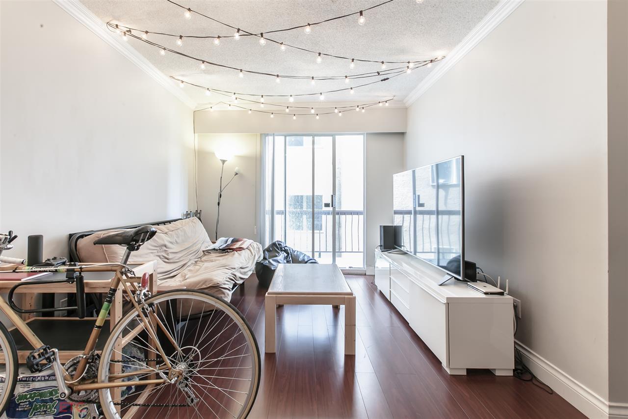Condo Apartment at 14 430 E 8TH AVENUE, Unit 14, Vancouver East, British Columbia. Image 6