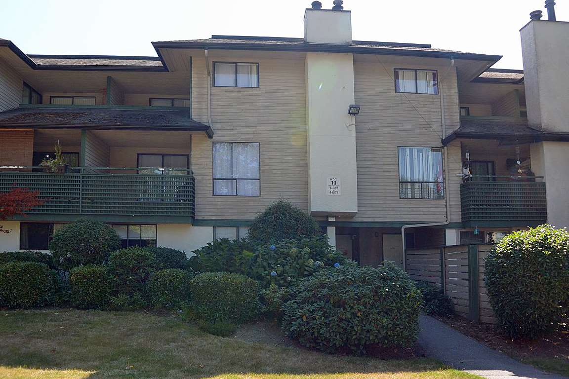 Townhouse at 14845 HOLLY PARK LANE, North Surrey, British Columbia. Image 1