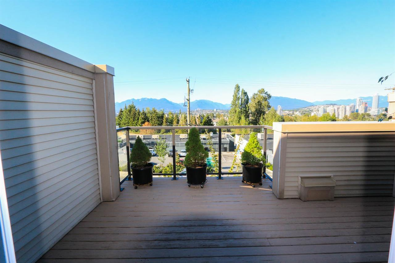 Townhouse at 23 3788 LAUREL STREET, Unit 23, Burnaby South, British Columbia. Image 8