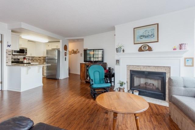 Condo Apartment at 509 15111 RUSSELL AVENUE, Unit 509, South Surrey White Rock, British Columbia. Image 8