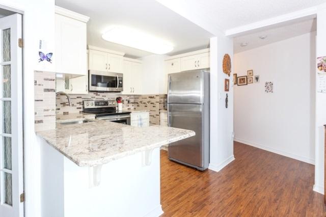 Condo Apartment at 509 15111 RUSSELL AVENUE, Unit 509, South Surrey White Rock, British Columbia. Image 11