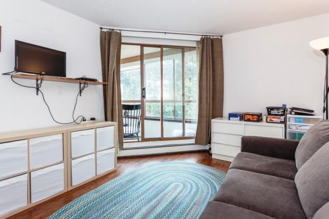 Condo Apartment at 509 15111 RUSSELL AVENUE, Unit 509, South Surrey White Rock, British Columbia. Image 13