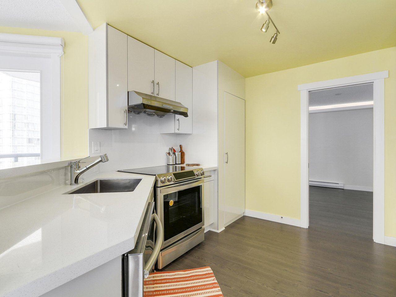 Condo Apartment at 1501 1415 W GEORGIA STREET, Unit 1501, Vancouver West, British Columbia. Image 5
