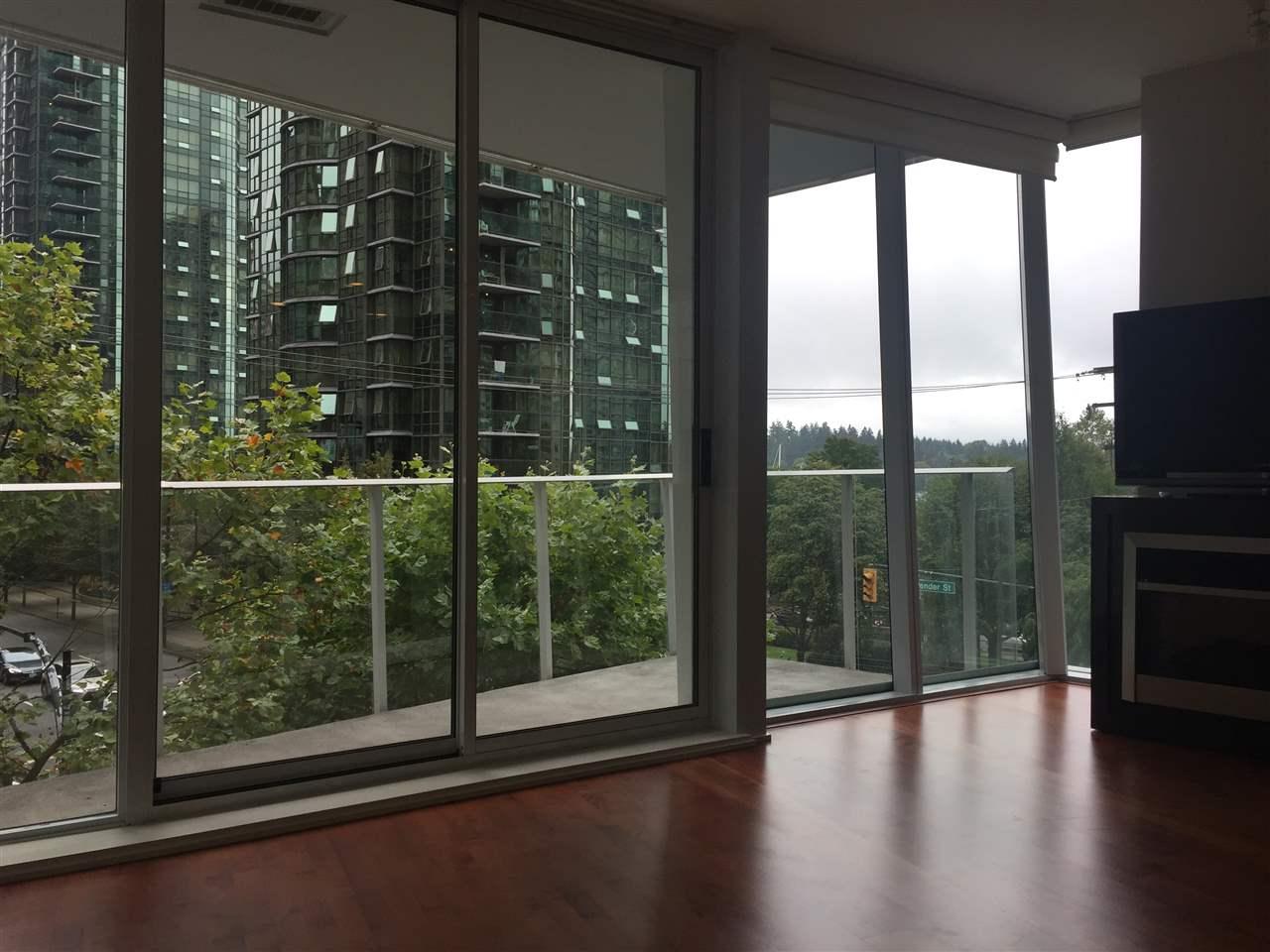 Condo Apartment at 301 1277 MELVILLE STREET, Unit 301, Vancouver West, British Columbia. Image 3