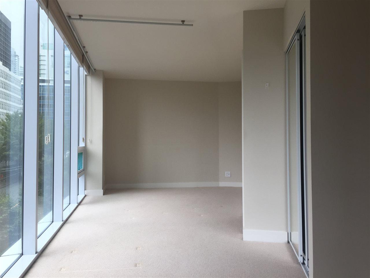 Condo Apartment at 301 1277 MELVILLE STREET, Unit 301, Vancouver West, British Columbia. Image 6