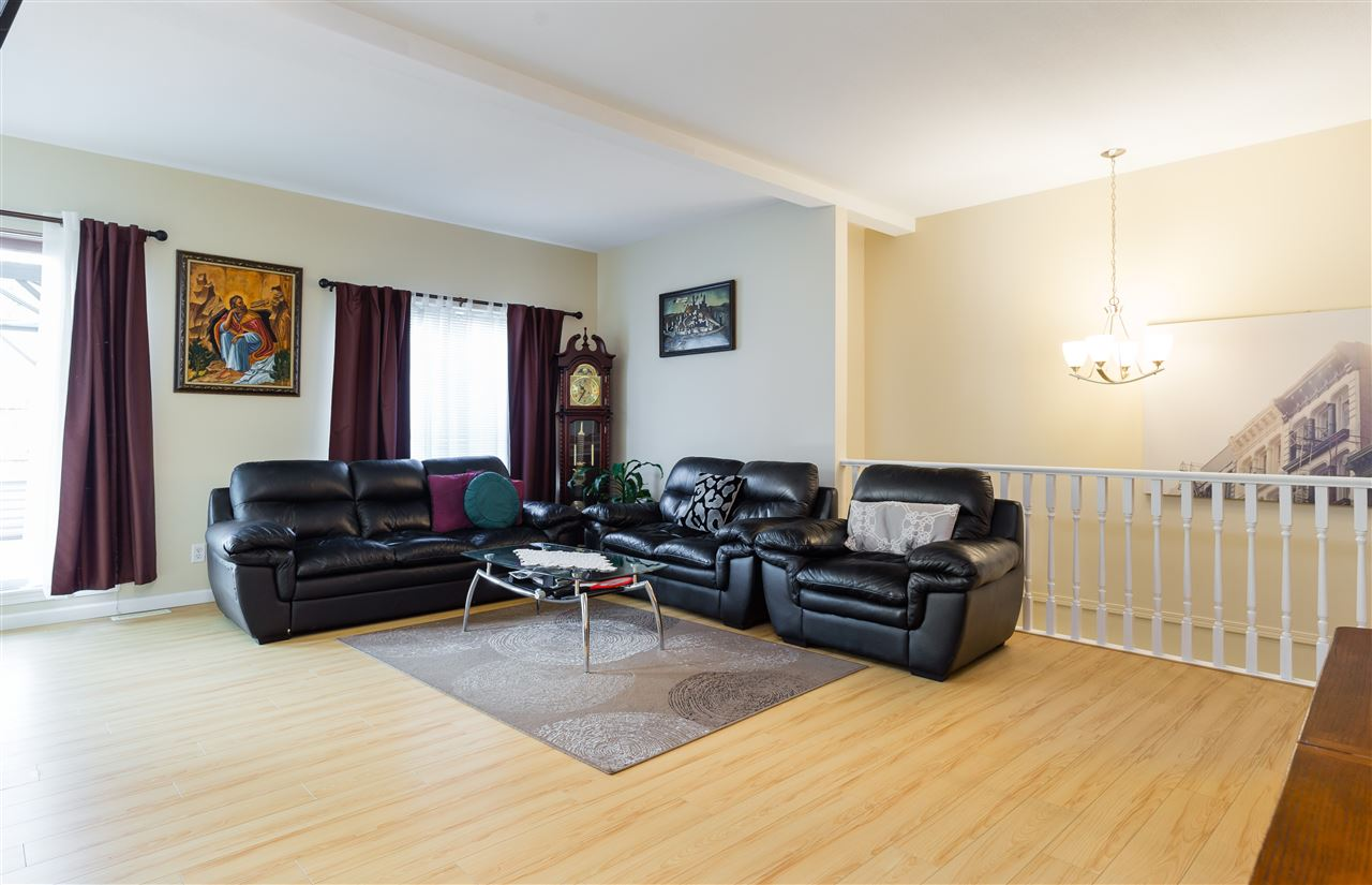 Townhouse at 41 23151 HANEY BYPASS, Unit 41, Maple Ridge, British Columbia. Image 3