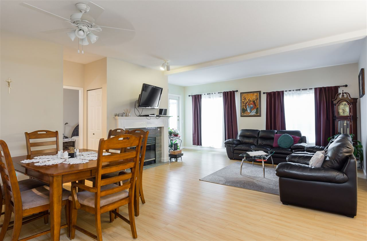 Townhouse at 41 23151 HANEY BYPASS, Unit 41, Maple Ridge, British Columbia. Image 4