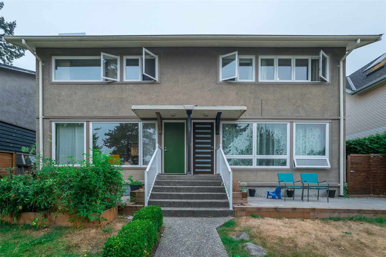 Half-duplex at 456 E 1ST STREET, North Vancouver, British Columbia. Image 3