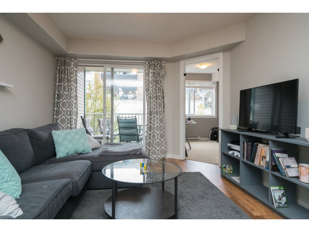 Condo Apartment at 317 33960 OLD YALE ROAD, Unit 317, Abbotsford, British Columbia. Image 9