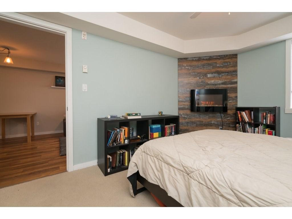 Condo Apartment at 317 33960 OLD YALE ROAD, Unit 317, Abbotsford, British Columbia. Image 14