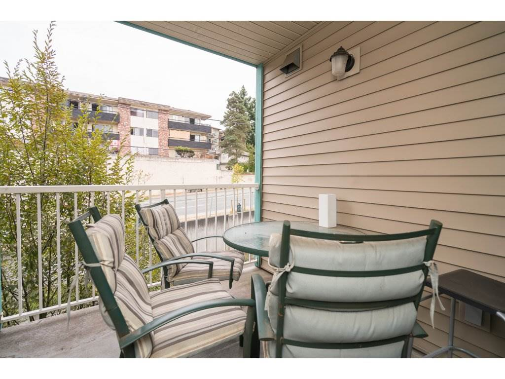 Condo Apartment at 317 33960 OLD YALE ROAD, Unit 317, Abbotsford, British Columbia. Image 17