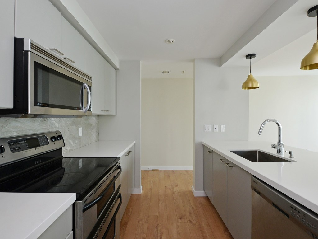 Condo Apartment at 706 1318 HOMER STREET, Unit 706, Vancouver West, British Columbia. Image 3