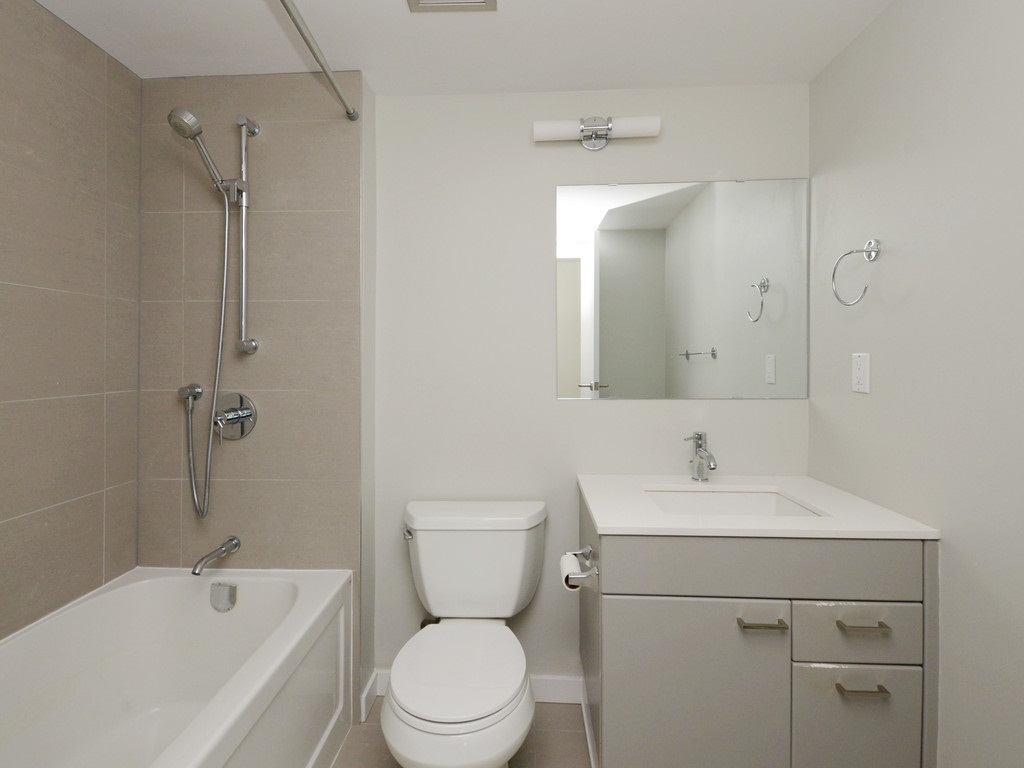Condo Apartment at 706 1318 HOMER STREET, Unit 706, Vancouver West, British Columbia. Image 4