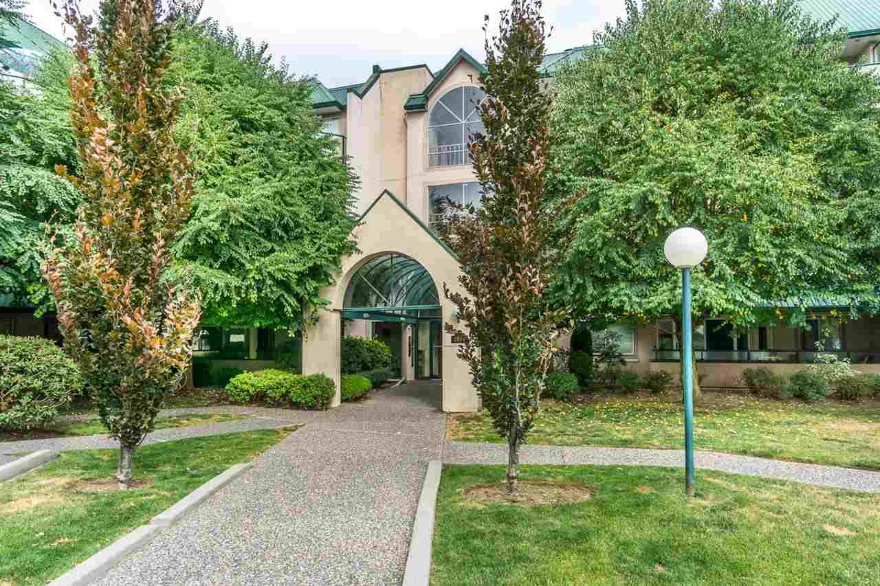 Condo Apartment at 302 2964 TRETHEWEY STREET, Unit 302, Abbotsford, British Columbia. Image 2