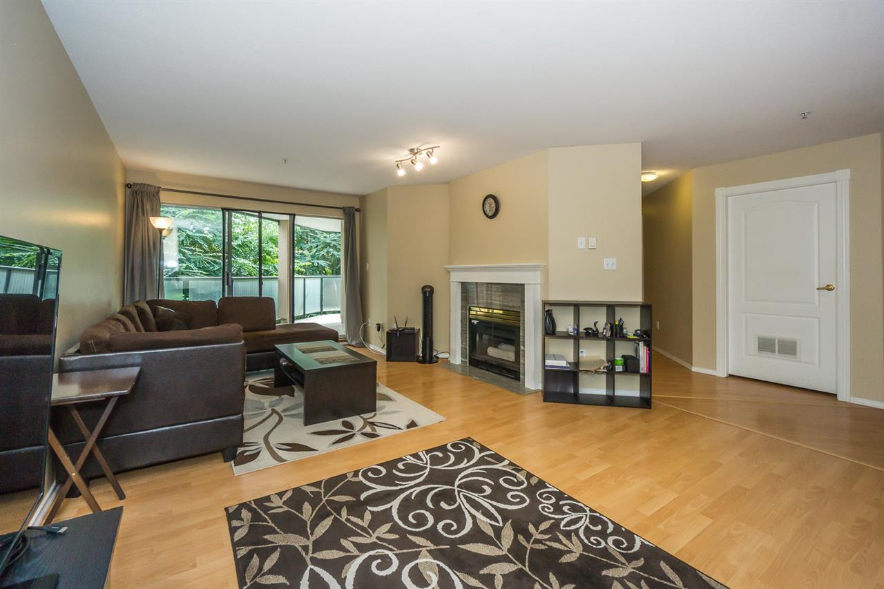 Condo Apartment at 302 2964 TRETHEWEY STREET, Unit 302, Abbotsford, British Columbia. Image 4
