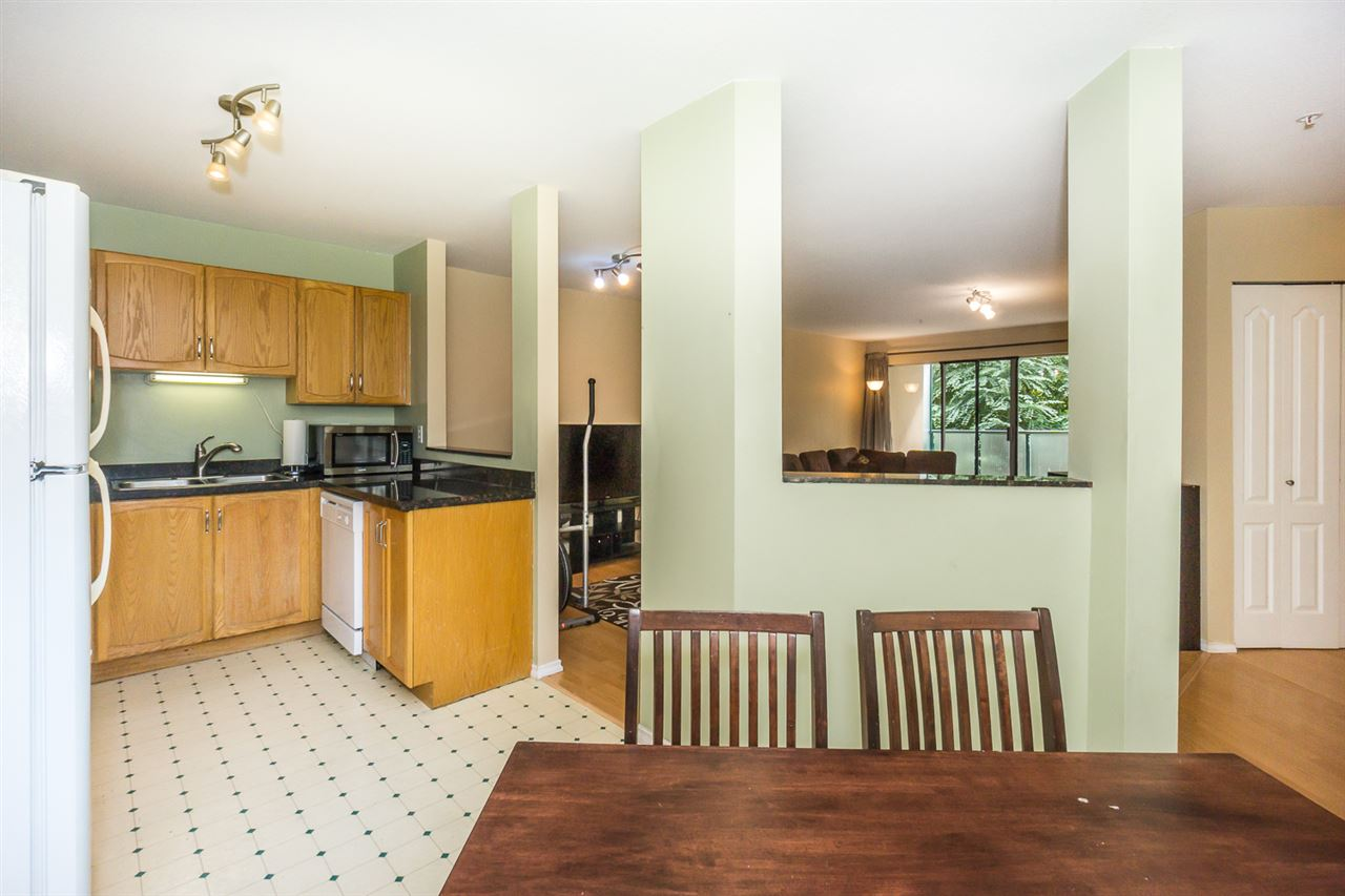 Condo Apartment at 302 2964 TRETHEWEY STREET, Unit 302, Abbotsford, British Columbia. Image 8