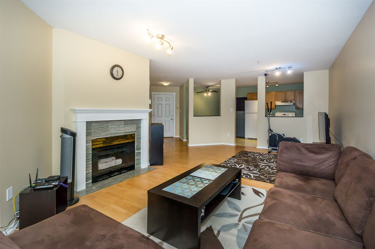 Condo Apartment at 302 2964 TRETHEWEY STREET, Unit 302, Abbotsford, British Columbia. Image 15