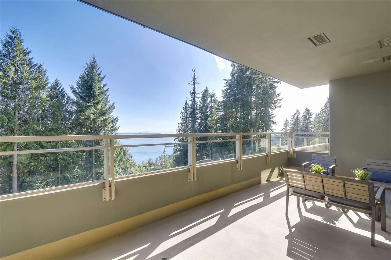 Condo Apartment at 402 3335 CYPRESS PLACE, Unit 402, West Vancouver, British Columbia. Image 1