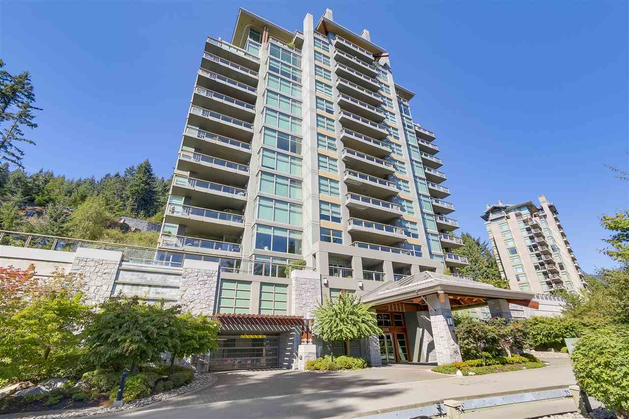 Condo Apartment at 402 3335 CYPRESS PLACE, Unit 402, West Vancouver, British Columbia. Image 20