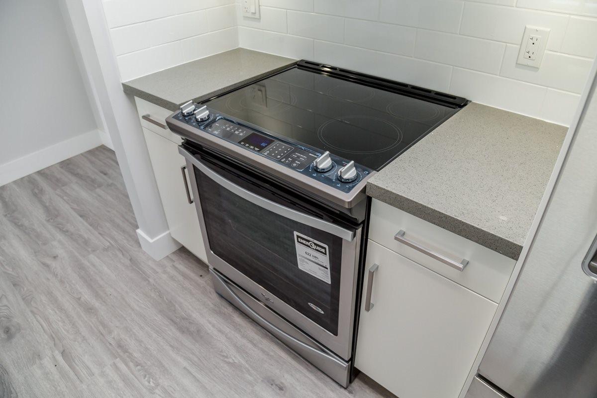 Condo Apartment at 406 2229 ATKINS AVENUE, Unit 406, Port Coquitlam, British Columbia. Image 7