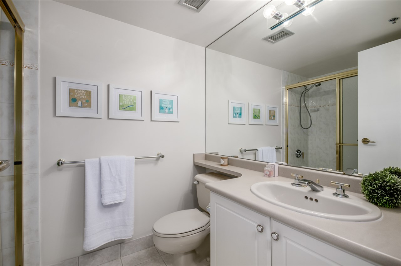 Condo Apartment at 903 238 ALVIN NAROD MEWS, Unit 903, Vancouver West, British Columbia. Image 9