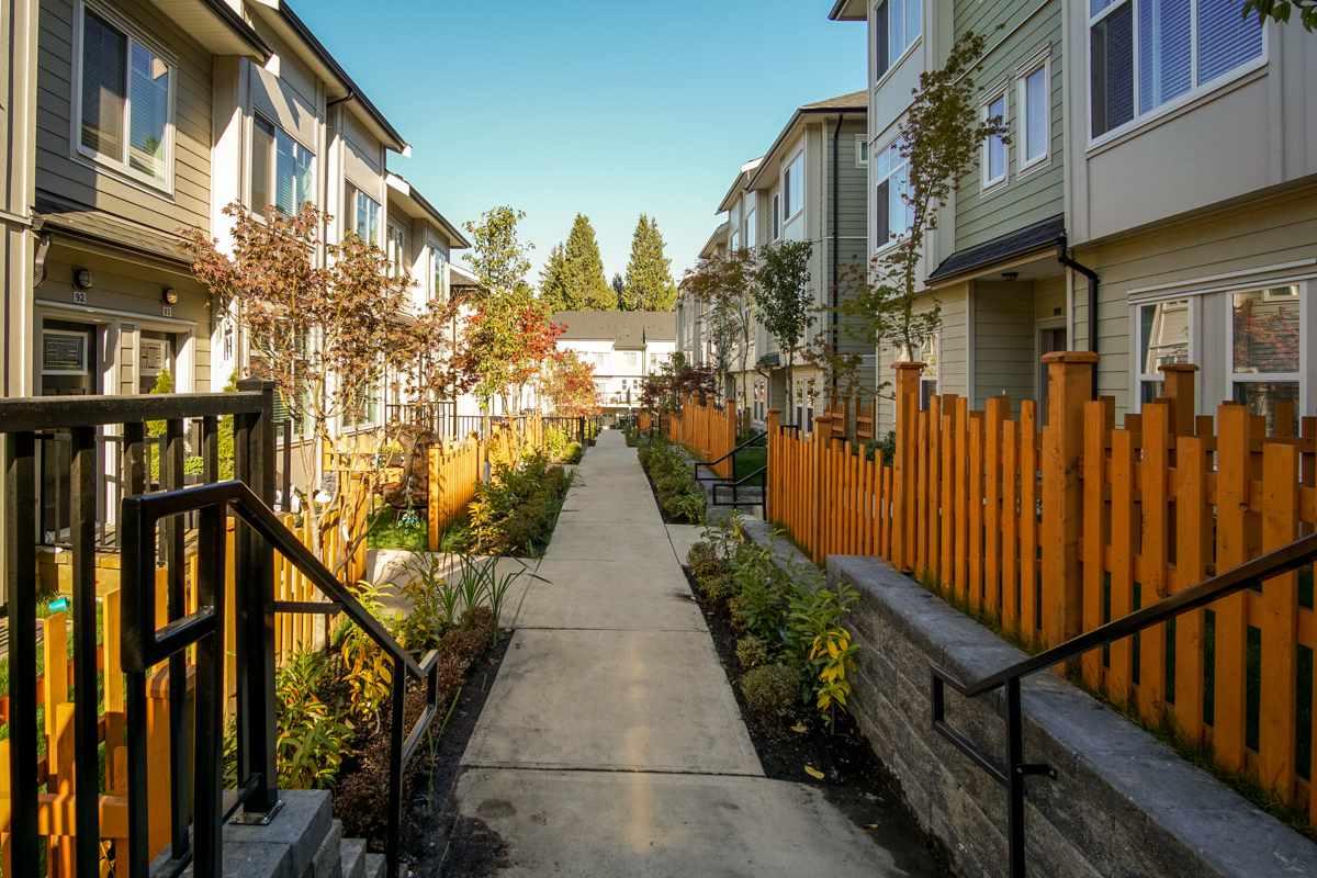 Townhouse at 115 13670 62 AVENUE, Unit 115, Surrey, British Columbia. Image 2