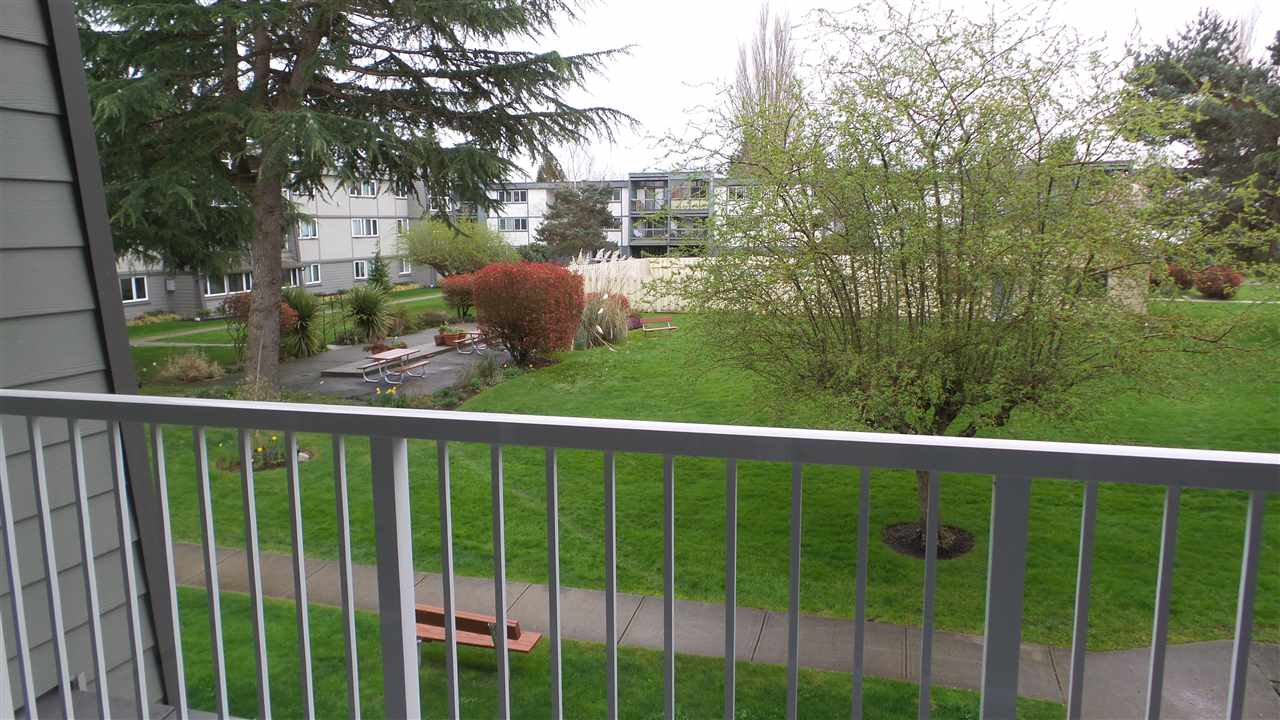 Condo Apartment at 212 3451 SPRINGFIELD DRIVE, Unit 212, Richmond, British Columbia. Image 9