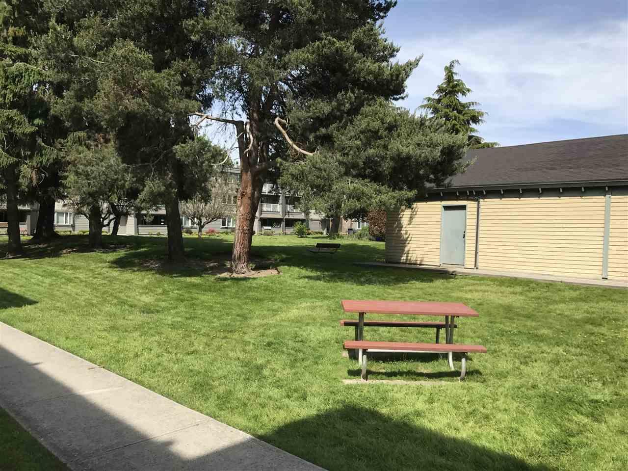 Condo Apartment at 212 3451 SPRINGFIELD DRIVE, Unit 212, Richmond, British Columbia. Image 14