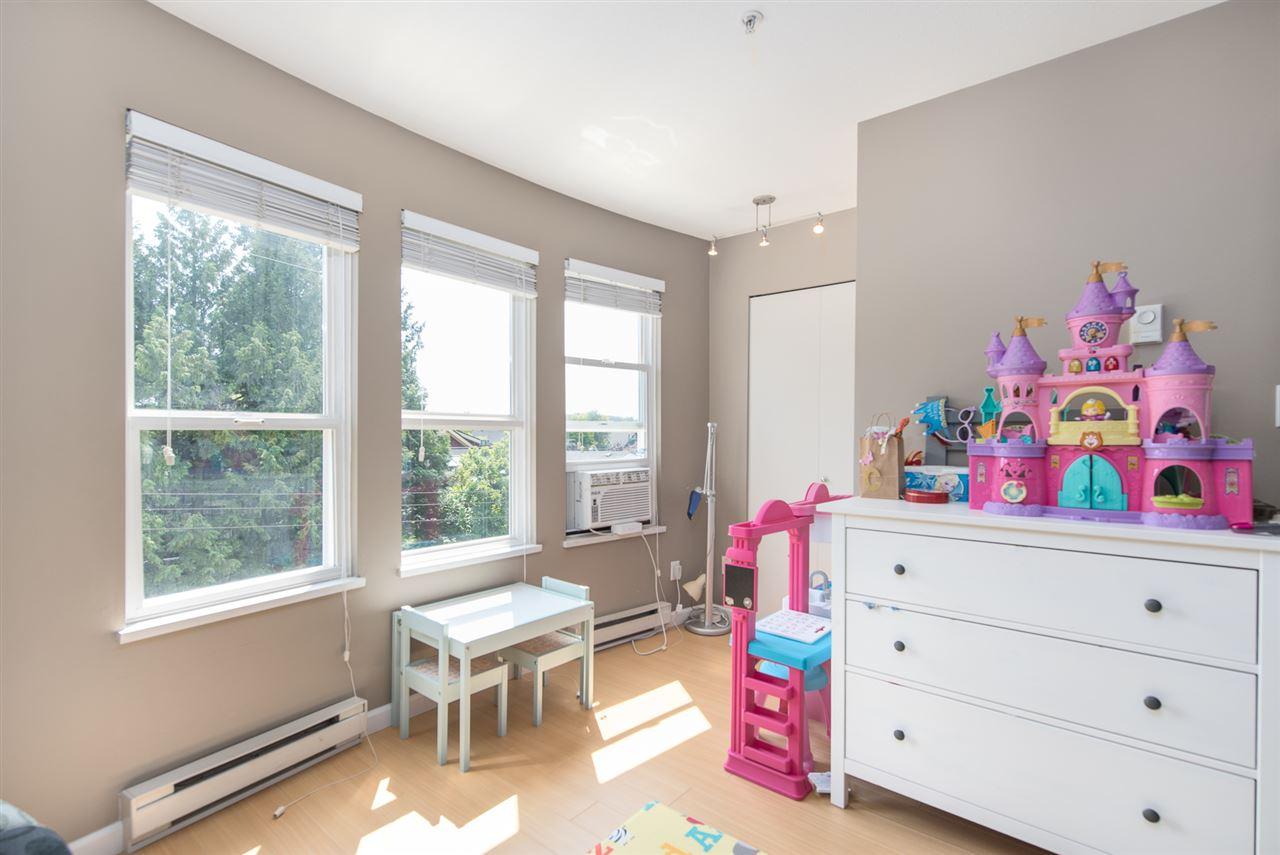 Condo Apartment at 328 2680 W 4TH AVENUE, Unit 328, Vancouver West, British Columbia. Image 9