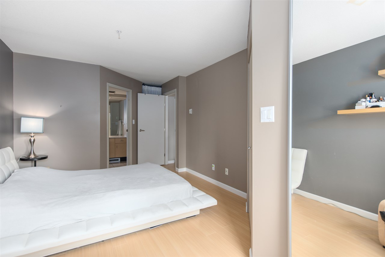 Condo Apartment at 328 2680 W 4TH AVENUE, Unit 328, Vancouver West, British Columbia. Image 13