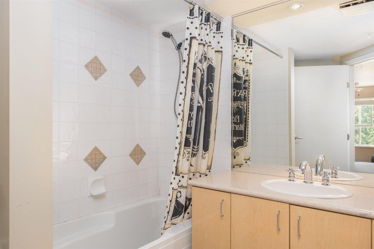 Condo Apartment at 328 2680 W 4TH AVENUE, Unit 328, Vancouver West, British Columbia. Image 15