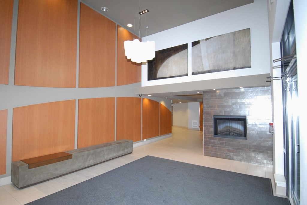 Condo Apartment at 1605 6351 BUSWELL STREET, Unit 1605, Richmond, British Columbia. Image 3