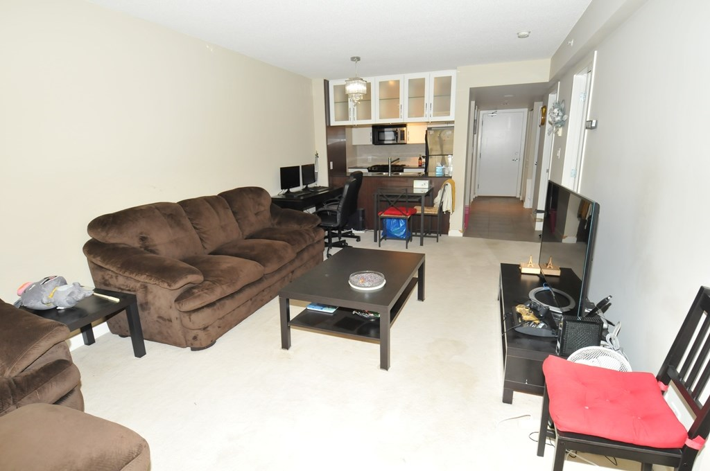 Condo Apartment at 1605 6351 BUSWELL STREET, Unit 1605, Richmond, British Columbia. Image 8