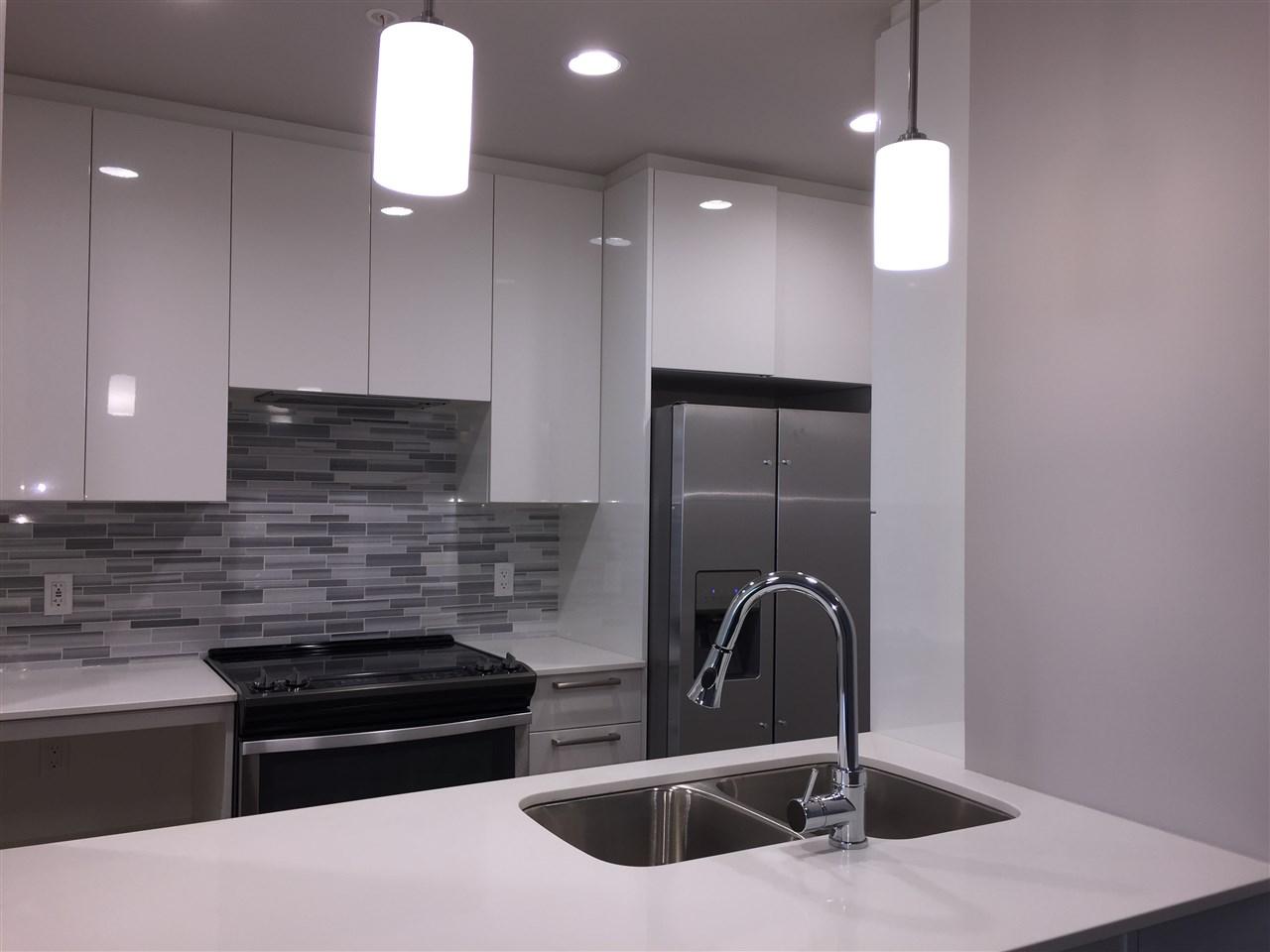 Condo Apartment at 314 2465 WILSON AVENUE, Unit 314, Port Coquitlam, British Columbia. Image 3