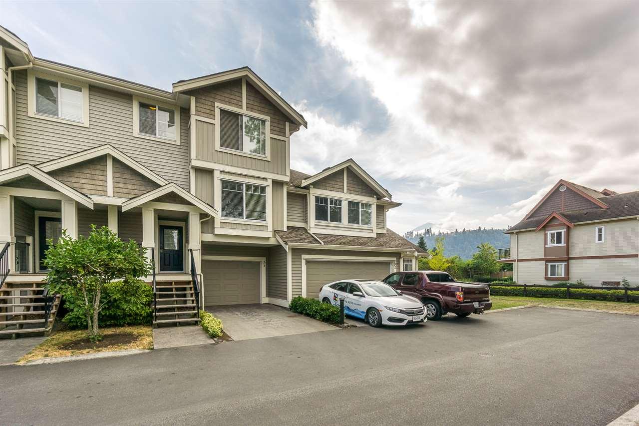 Townhouse at 31 45550 SHAWNIGAN CRESCENT, Unit 31, Sardis, British Columbia. Image 1