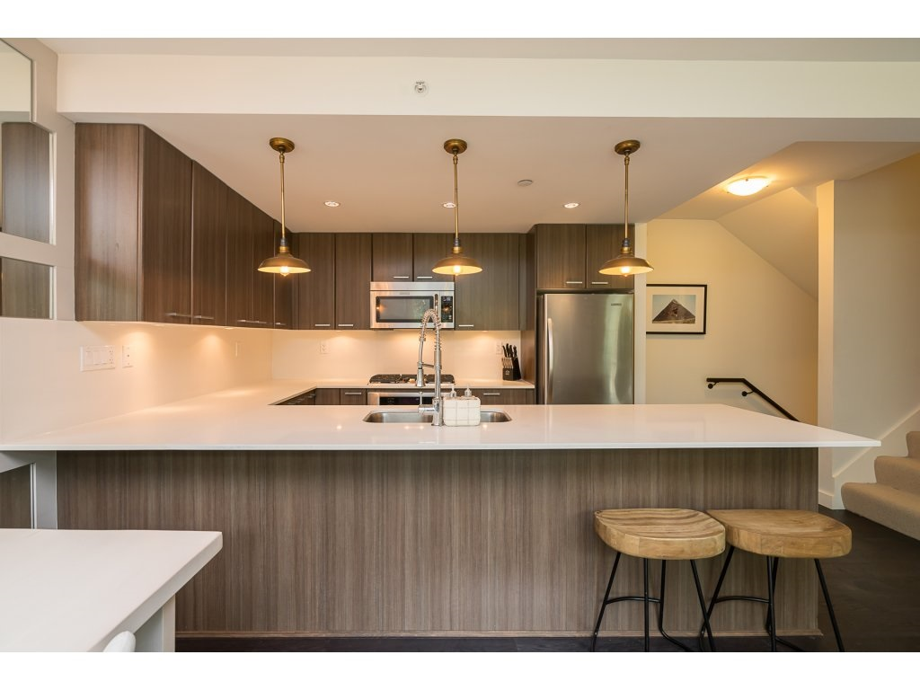 Townhouse at TH3 2789 SHAUGHNESSY STREET, Unit TH3, Port Coquitlam, British Columbia. Image 5