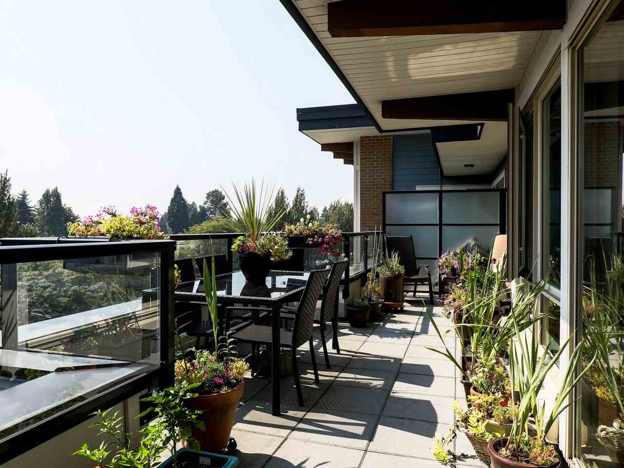 Condo Apartment at 415 1330 MARINE DRIVE, Unit 415, North Vancouver, British Columbia. Image 1