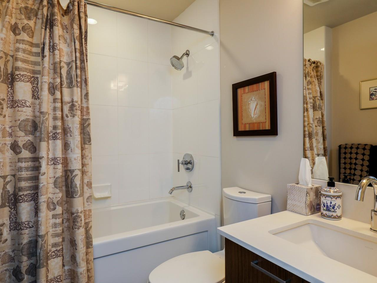 Condo Apartment at 415 1330 MARINE DRIVE, Unit 415, North Vancouver, British Columbia. Image 11