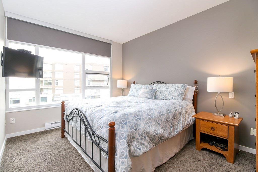 Condo Apartment at 809 9266 UNIVERSITY CRESCENT, Unit 809, Burnaby North, British Columbia. Image 13