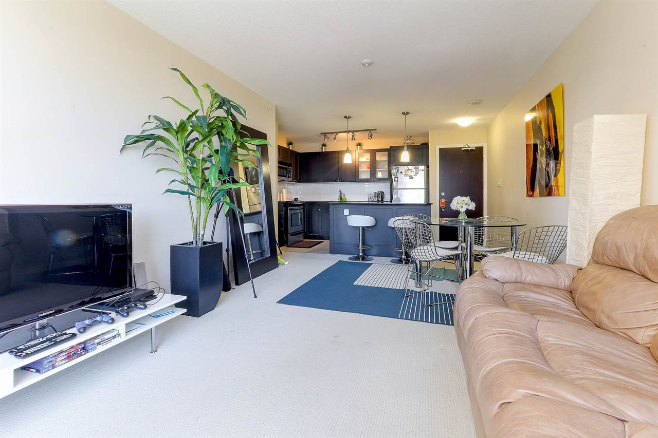 Condo Apartment at 404 7225 ACORN AVENUE, Unit 404, Burnaby South, British Columbia. Image 6