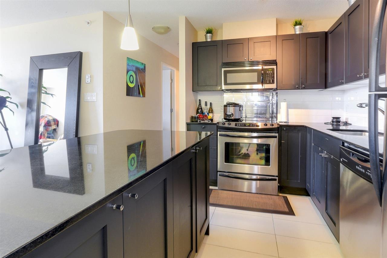 Condo Apartment at 404 7225 ACORN AVENUE, Unit 404, Burnaby South, British Columbia. Image 10